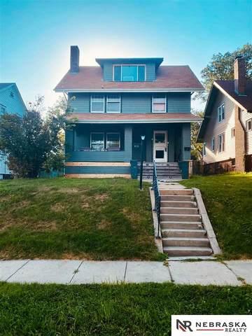 911 S 37th Street, Omaha, NE 68105 (MLS #22117735) :: Lighthouse Realty Group