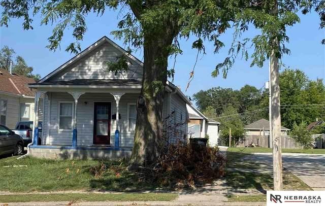 2427 20 Street, Omaha, NE 68108 (MLS #22117747) :: Elevation Real Estate Group at NP Dodge