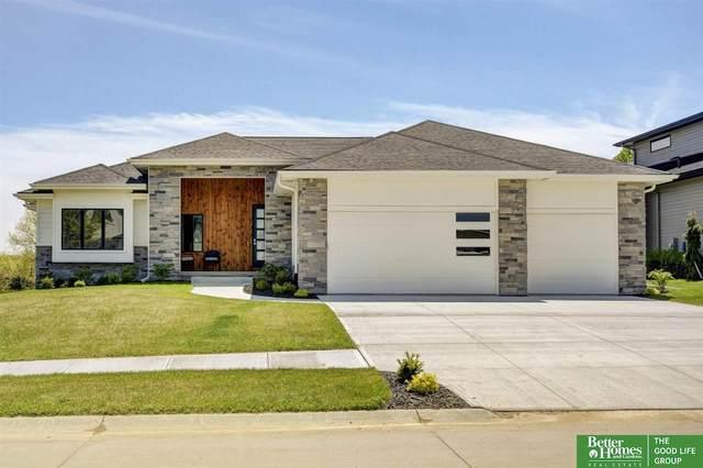 20538 Hartman Avenue, Omaha, NE 68022 (MLS #22117764) :: One80 Group/KW Elite
