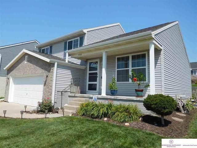 19416 Laci Street, Omaha, NE 68135 (MLS #22117770) :: Elevation Real Estate Group at NP Dodge