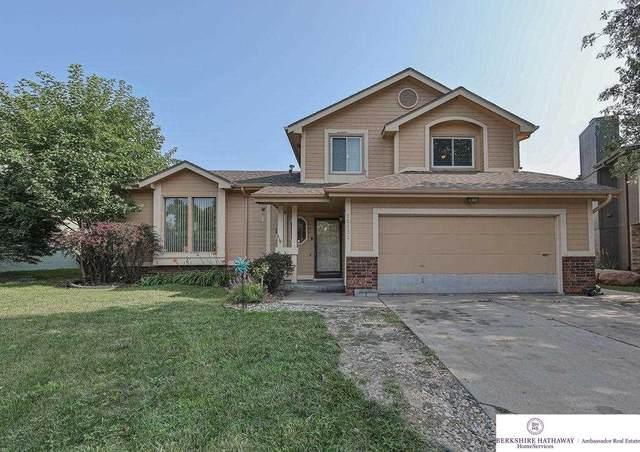 16631 Weir Street, Omaha, NE 68135 (MLS #22117783) :: Elevation Real Estate Group at NP Dodge