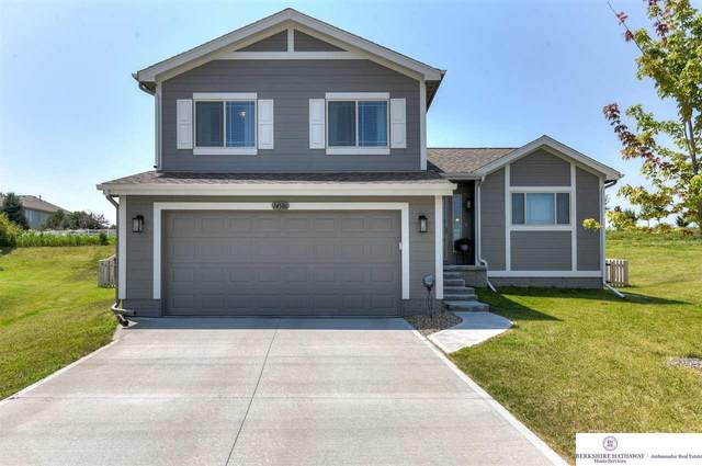 14586 Potter Circle, Bennington, NE 68007 (MLS #22117784) :: Catalyst Real Estate Group