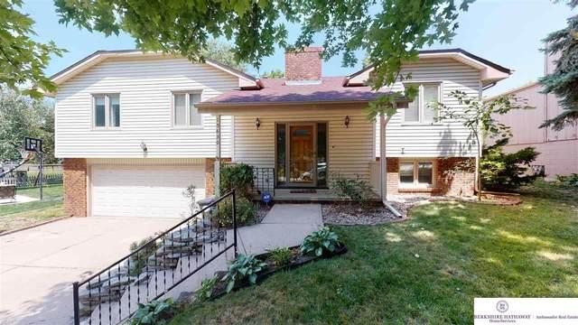 15630 Capitol Circle, Omaha, NE 68118 (MLS #22117788) :: Elevation Real Estate Group at NP Dodge