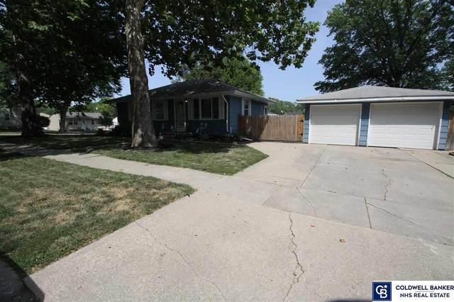 1140 N 69 Street, Lincoln, NE 68505 (MLS #22117802) :: Dodge County Realty Group