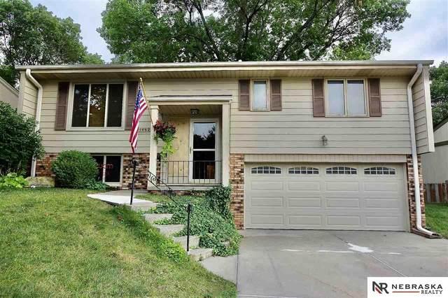 14627 Walnut Grove Drive, Omaha, NE 68137 (MLS #22117815) :: Elevation Real Estate Group at NP Dodge