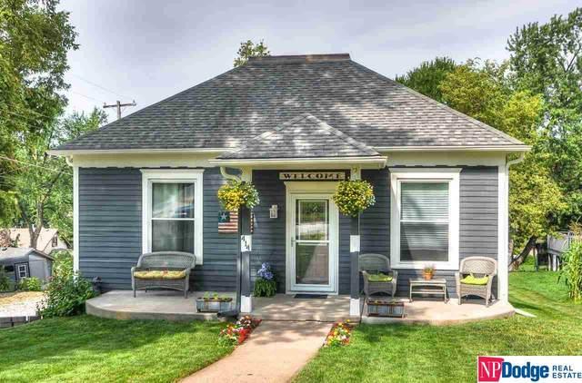 414 N 6 Street, Plattsmouth, NE 68048 (MLS #22117820) :: Elevation Real Estate Group at NP Dodge