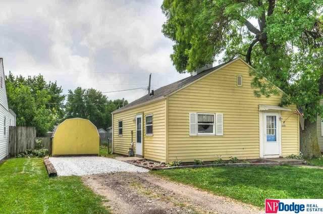 1613 E 5th Street, Fremont, NE 68025 (MLS #22117843) :: Berkshire Hathaway Ambassador Real Estate