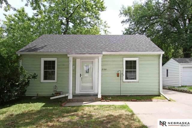 2100 S 35th Street, Lincoln, NE 68506 (MLS #22117853) :: Omaha Real Estate Group