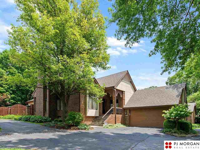 1021 S 93rd Court, Omaha, NE 68114 (MLS #22117855) :: Omaha Real Estate Group