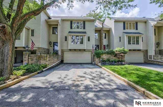 2520 S 92nd Plaza, Omaha, NE 68124 (MLS #22117862) :: Omaha Real Estate Group