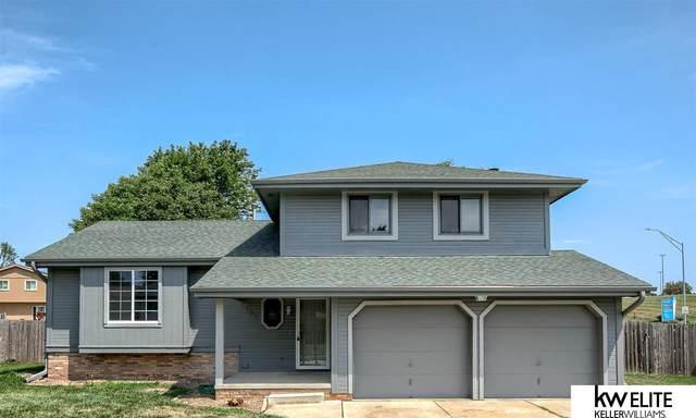 102 Windsor Drive, Papillion, NE 68046 (MLS #22117863) :: Complete Real Estate Group