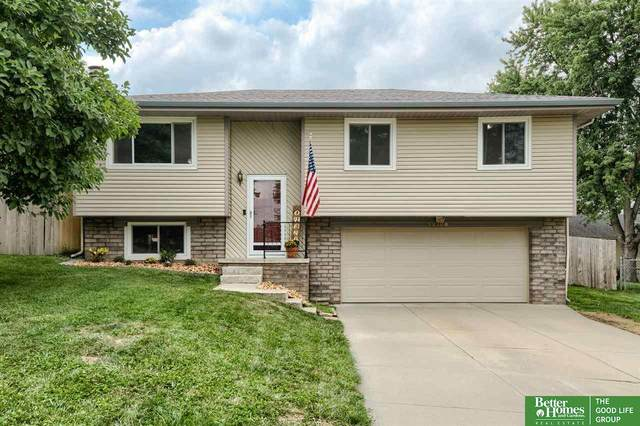 13308 S 20th Avenue, Bellevue, NE 68123 (MLS #22117870) :: Berkshire Hathaway Ambassador Real Estate