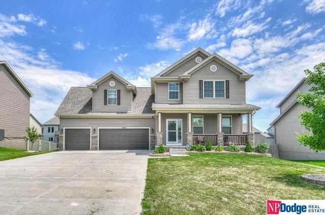 14903 S 23 Street, Bellevue, NE 68123 (MLS #22117884) :: Berkshire Hathaway Ambassador Real Estate