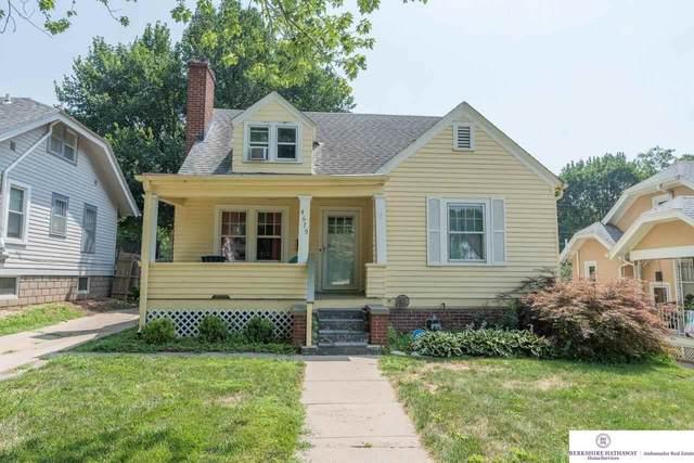 4679 Poppleton Avenue, Omaha, NE 68106 (MLS #22117898) :: Elevation Real Estate Group at NP Dodge