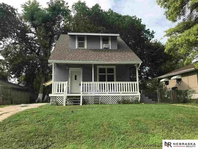 2558 Jaynes Street, Omaha, NE 68111 (MLS #22117920) :: Berkshire Hathaway Ambassador Real Estate