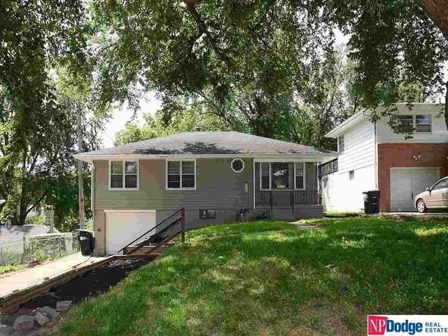 4807 Manderson Street, Omaha, NE 68104 (MLS #22117941) :: Berkshire Hathaway Ambassador Real Estate