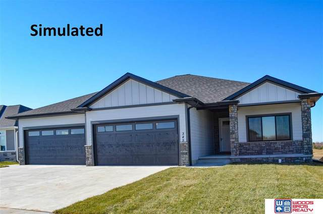 914 N 105th Street, Lincoln, NE 68527 (MLS #22117992) :: Elevation Real Estate Group at NP Dodge