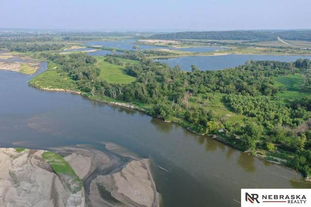 19911 Beach Road, Plattsmouth, NE 68048 (MLS #22118003) :: Lincoln Select Real Estate Group