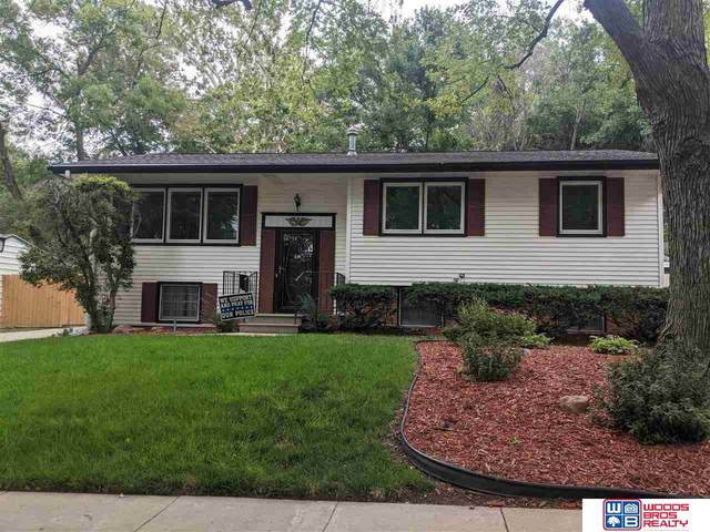 920 Northborough Lane, Lincoln, NE 68505 (MLS #22118011) :: Cindy Andrew Group