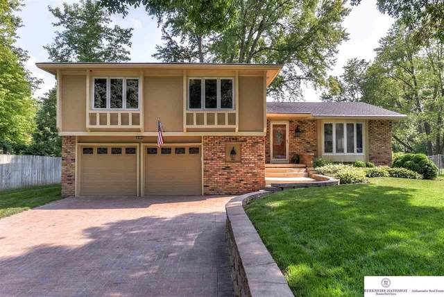 803 Douglas Drive, Bellevue, NE 68005 (MLS #22118088) :: Complete Real Estate Group