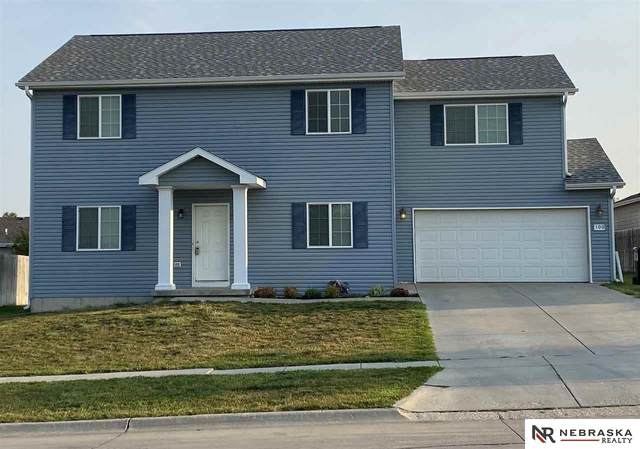 100 W 9Th Street, Hickman, NE 68372 (MLS #22118091) :: Elevation Real Estate Group at NP Dodge