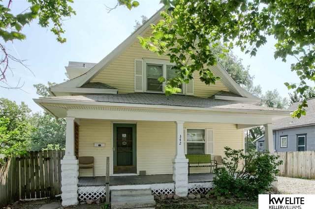 342 N 35 Street, Lincoln, NE 68503 (MLS #22118100) :: kwELITE