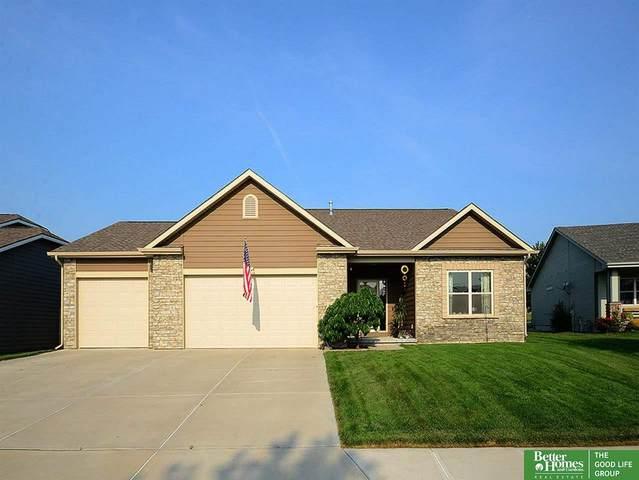 11318 S 173 Avenue, Gretna, NE 68028 (MLS #22118141) :: Complete Real Estate Group