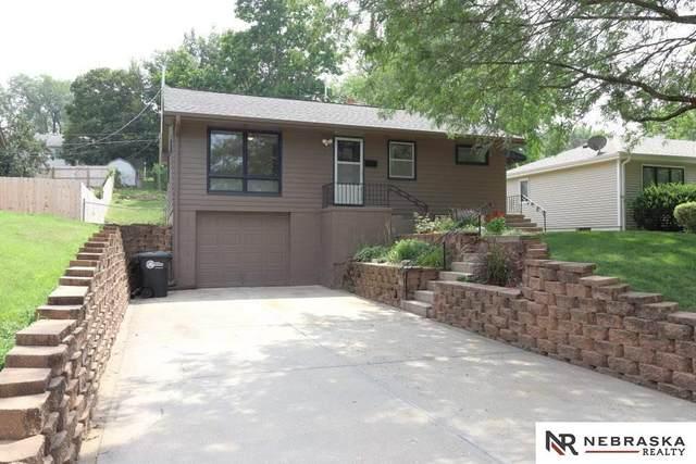 6621 Lafayette Avenue, Omaha, NE 68132 (MLS #22118146) :: Complete Real Estate Group