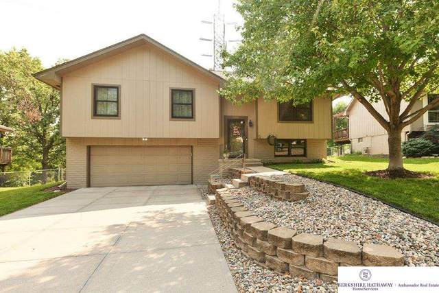 11225 Erskine Street, Omaha, NE 68164 (MLS #22118148) :: Complete Real Estate Group