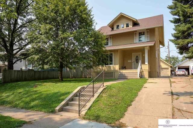2444 N 45 Avenue, Omaha, NE 68104 (MLS #22118256) :: Lincoln Select Real Estate Group
