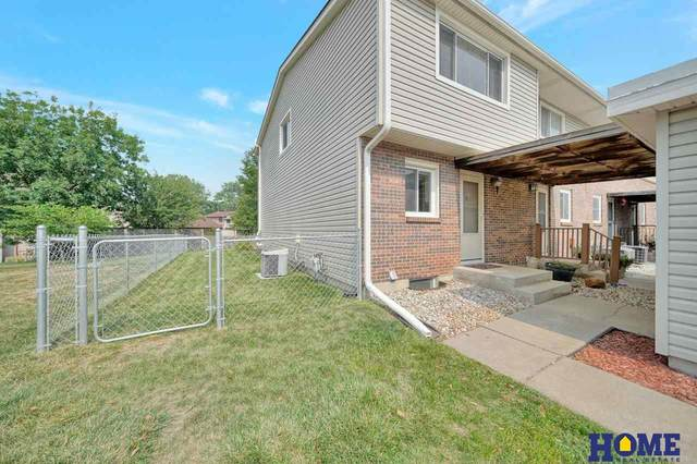 2351 Wildwood Place, Lincoln, NE 68512 (MLS #22118274) :: Lincoln Select Real Estate Group