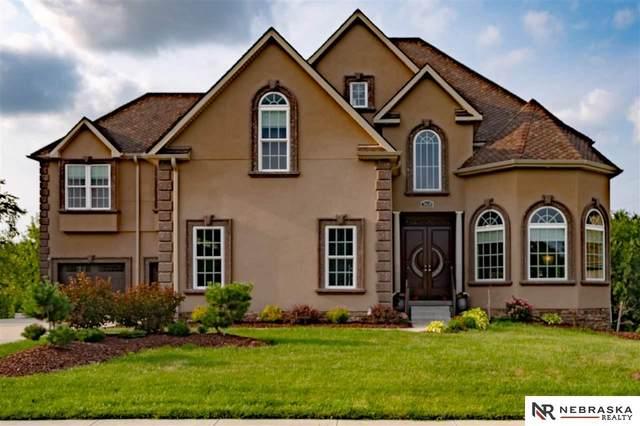 18630 Honeysuckle Drive, Omaha, NE 68022 (MLS #22118459) :: The Briley Team