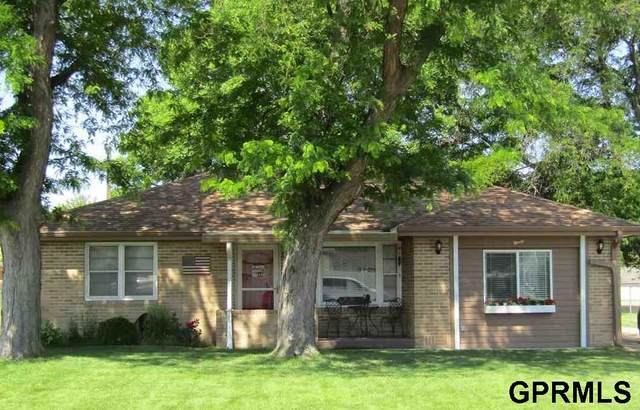 90 S Elder Avenue, North Platte, NE 69101 (MLS #22118626) :: kwELITE