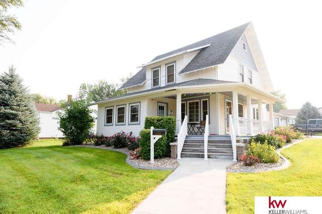 1010 N Commercial Avenue, Superior, NE 68978 (MLS #22118731) :: Elevation Real Estate Group at NP Dodge