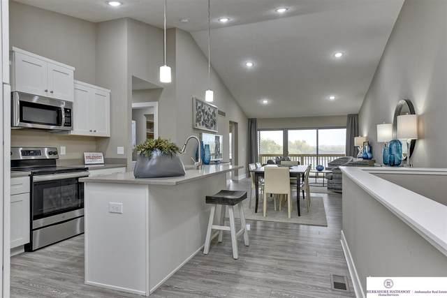 17082 Nicholas Street, Omaha, NE 68118 (MLS #22118787) :: Catalyst Real Estate Group