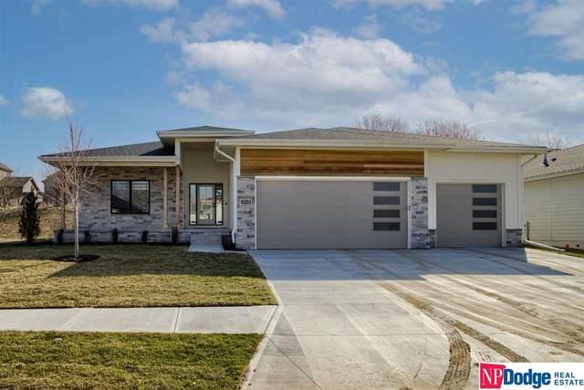 5507 N 208 Street, Elkhorn, NE 68022 (MLS #22119097) :: Lincoln Select Real Estate Group