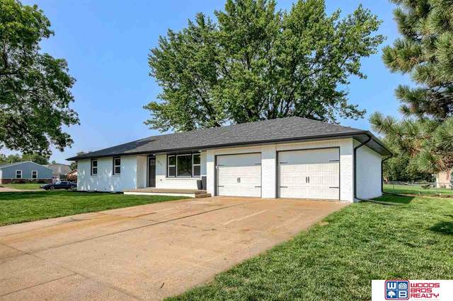 10111 N 146th Street, Waverly, NE 68462 (MLS #22119145) :: Lincoln Select Real Estate Group