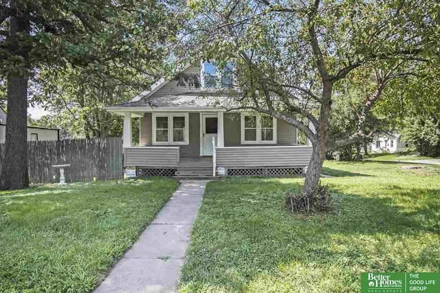2916 N 67th Avenue, Omaha, NE 68104 (MLS #22119162) :: Lincoln Select Real Estate Group