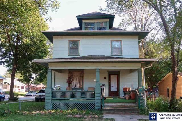 2937 Randolph Street, Lincoln, NE 68510 (MLS #22119223) :: Elevation Real Estate Group at NP Dodge