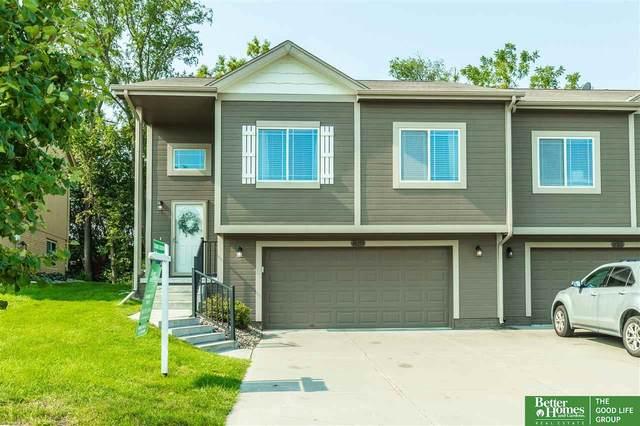 14257 Wood Valley Drive, Omaha, NE 68142 (MLS #22119269) :: Elevation Real Estate Group at NP Dodge