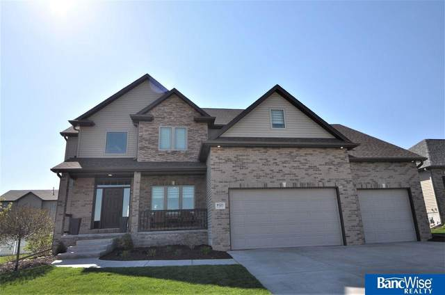 9525 S 28 Street, Lincoln, NE 68516 (MLS #22119397) :: Dodge County Realty Group