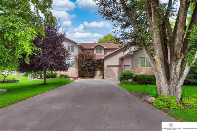 10631 Gold Plaza, Omaha, NE 68124 (MLS #22119752) :: Omaha Real Estate Group