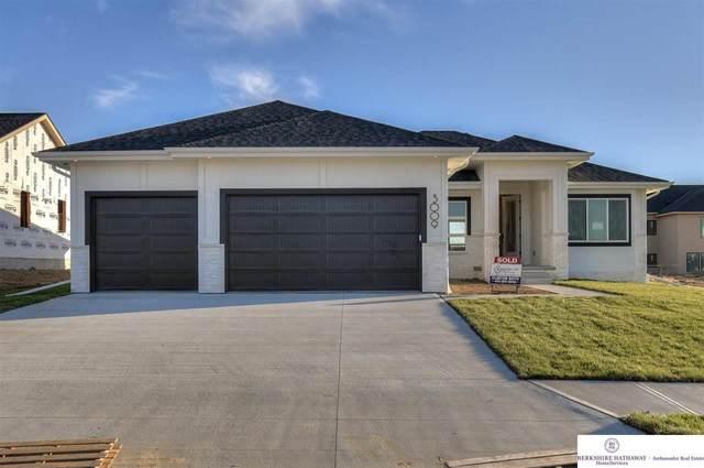 10230 Caspian Drive, Papillion, NE 68046 (MLS #22120109) :: Lincoln Select Real Estate Group