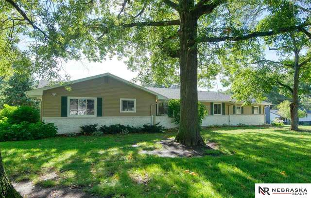 1809 S 110th Street, Omaha, NE 68144 (MLS #22120230) :: Omaha Real Estate Group