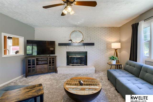 4627 Center Street, Omaha, NE 68106 (MLS #22120320) :: Lincoln Select Real Estate Group