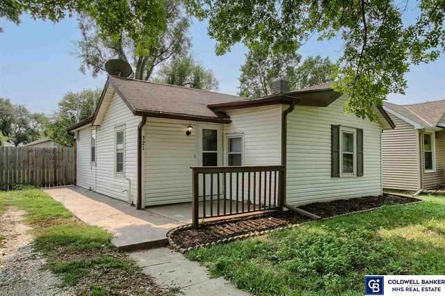 321 B Street, Lincoln, NE 68502 (MLS #22120450) :: Lincoln Select Real Estate Group