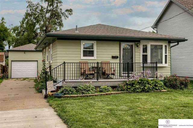 2217 Avenue L, Council Bluffs, IA 51501 (MLS #22120460) :: Don Peterson & Associates