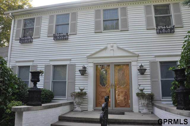 18525 School Hill Avenue, Council Bluffs, IA 51503 (MLS #22120473) :: Don Peterson & Associates