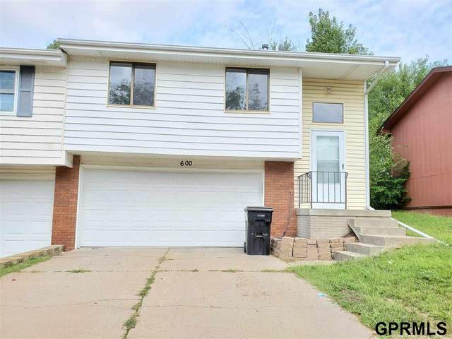 600 Oregon Trail, Lincoln, NE 68521 (MLS #22120792) :: Lighthouse Realty Group