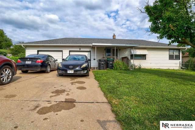 5605 N 42 Street, Omaha, NE 68111 (MLS #22120852) :: Don Peterson & Associates